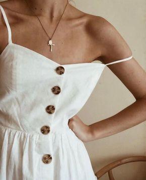 Vestido com botões na frente: Moda verão2019